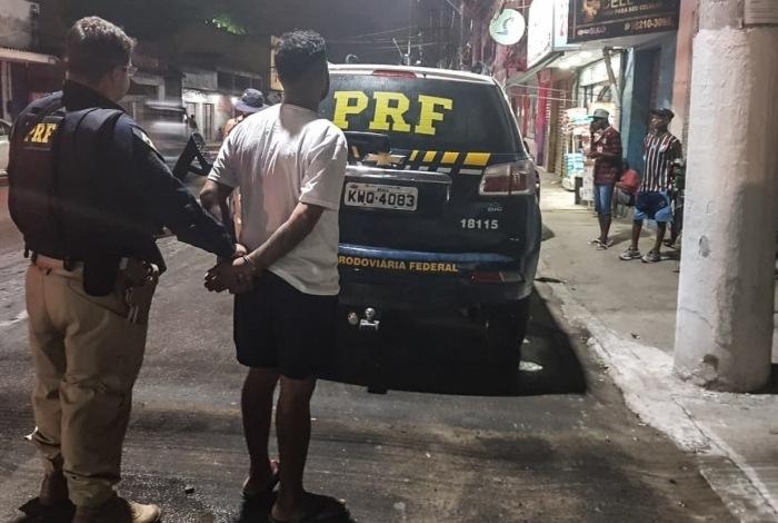 Suspeito de integrar milícia de Rio das Pedras é preso em Guapimirim - Rede Tv Mais